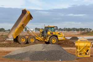 4 Tips to Keep Heavy Equipment Running